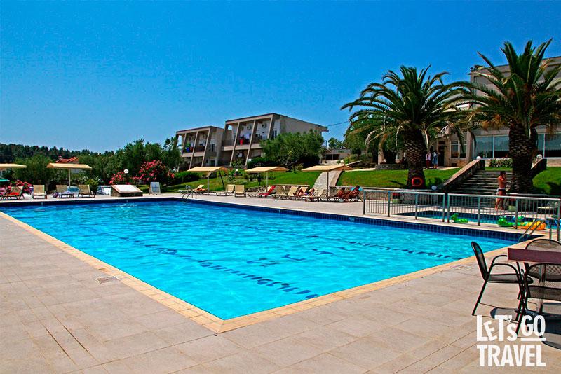 IRIS HOTEL SIVIRI 3*