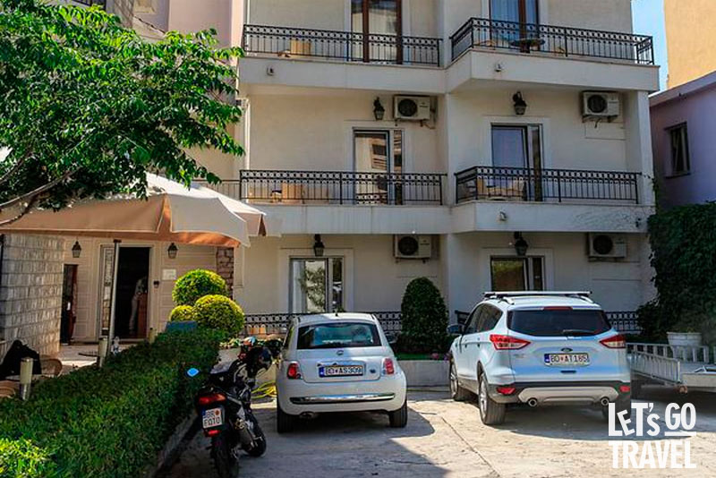LUCIC HOTEL 3*